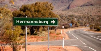 Hermannsburg road sign